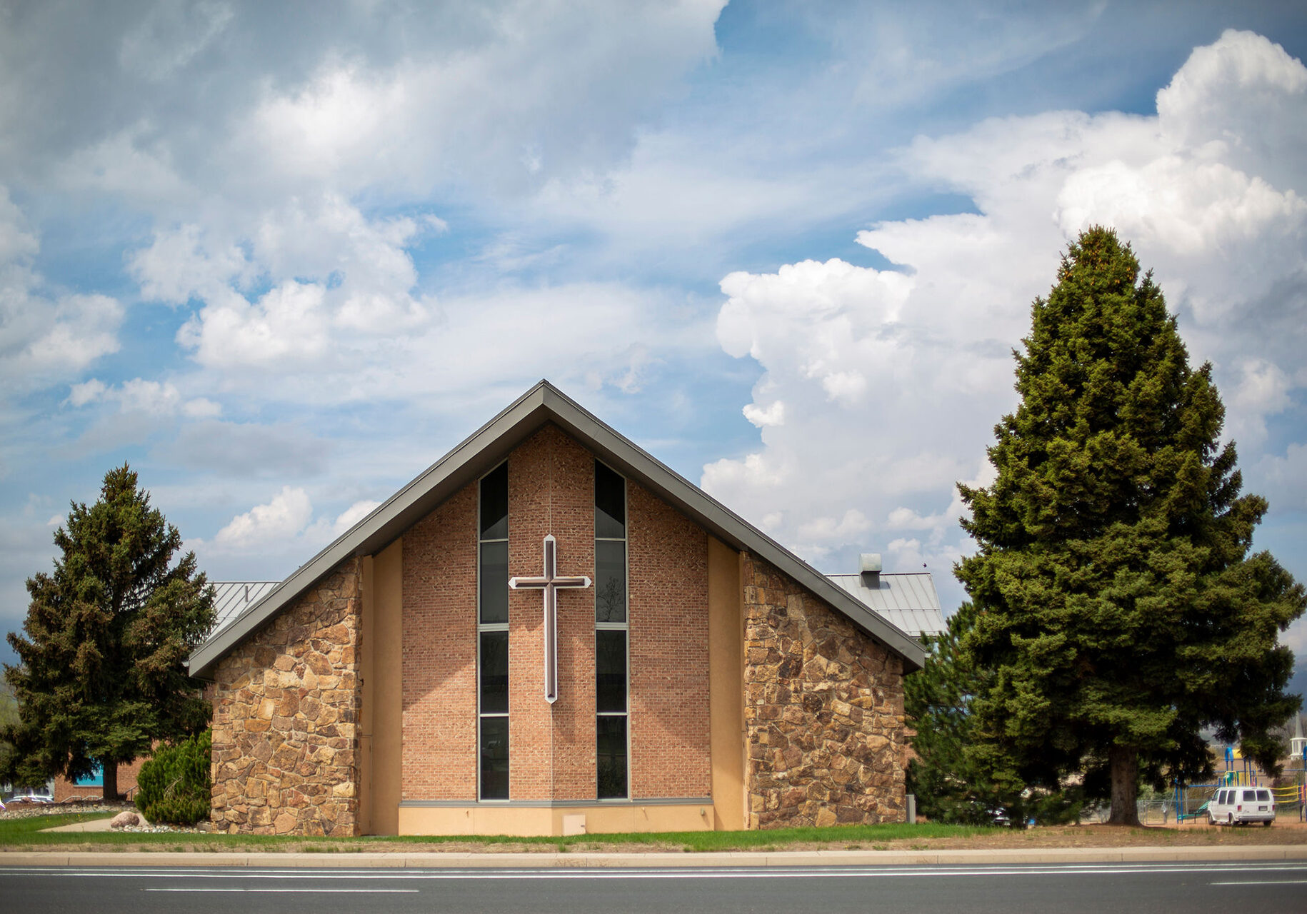 heart-of-springs-church-outside-view-front-of-building